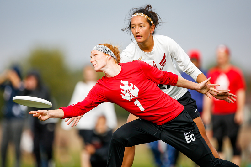 Kelly Johnson (Riot #1) resets the disc during Pool Play at the USA Ultimate Club National Championships. Photo: Paul Rutherford -- UltiPhotos.com.