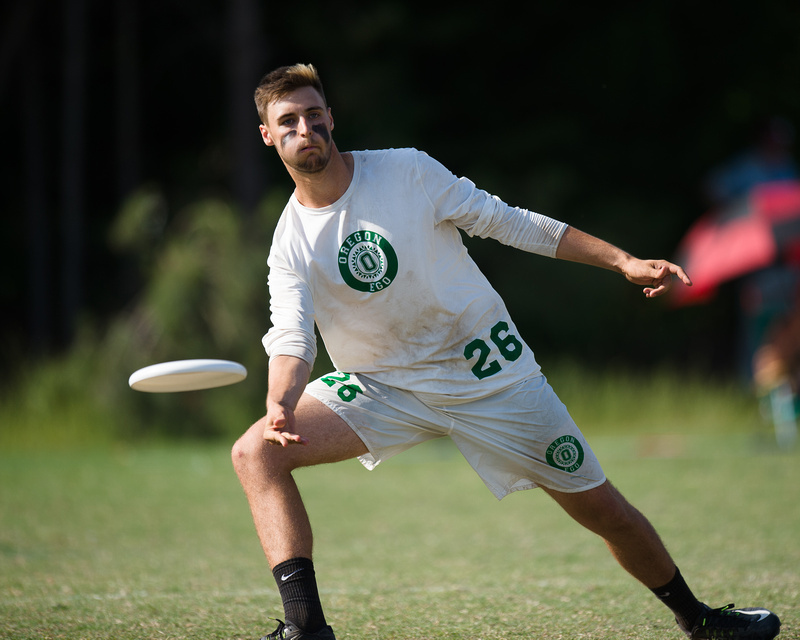 Oregon's Colton Clark at the 2016 College Championships. Photo: Kevin Leclaire -- UltiPhotos.com